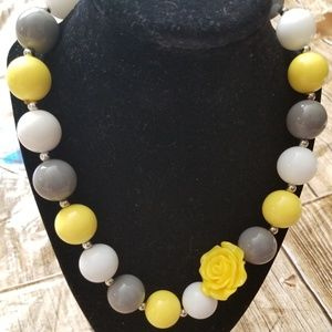 New Bubble Gum Bead Necklace gray yellow.